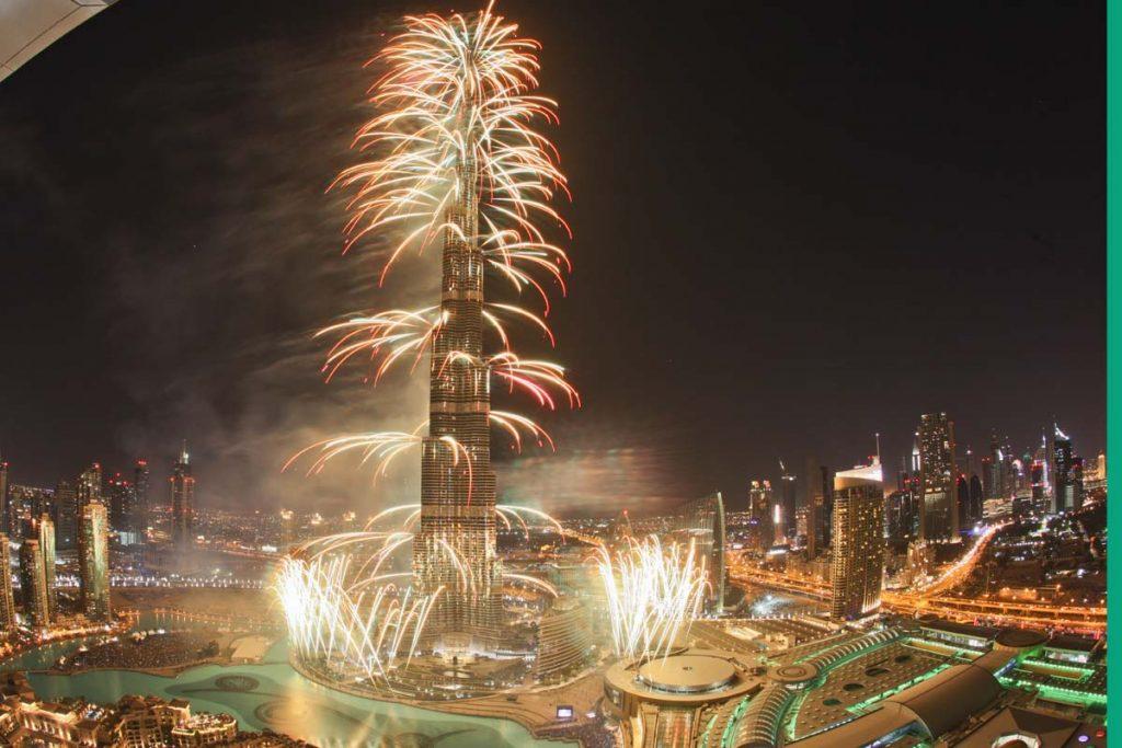 أجمل صور الألعاب النارية بدبي 2020