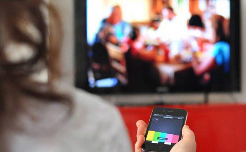 كيف اشبك الايفون على التلفزيون بالخطوات موسوعة
