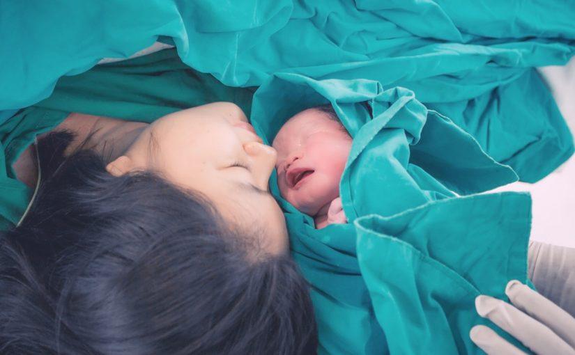 تفسير حلم امراة تلد وهي غير حامل