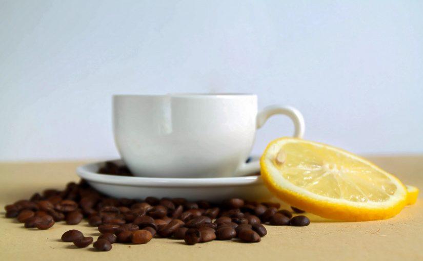 القهوة مع الليمون