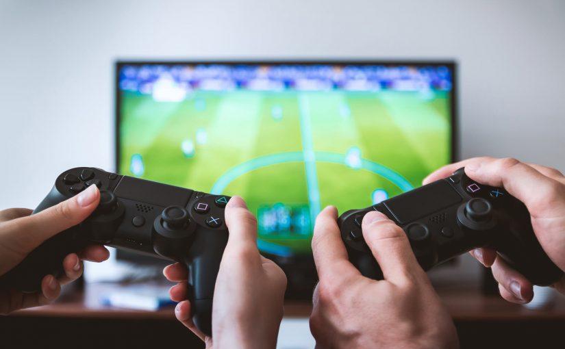 موضوع عن الألعاب الإلكترونية بتعريفها وفوائدها