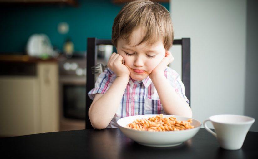طفلي عمره ثلاث سنوات لا يأكل