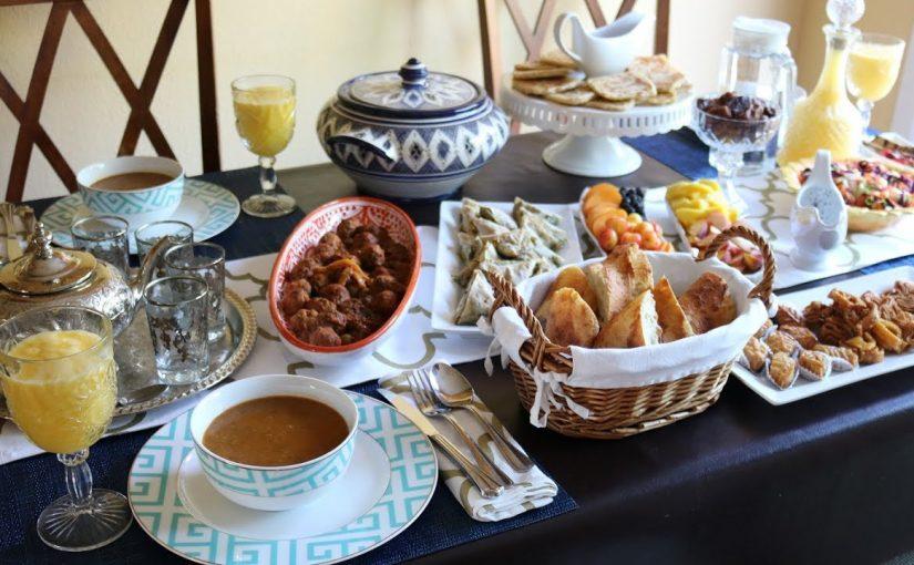 تفسير مائدة الطعام في المنام لابن سيرين التفسيرات الصحيحة الشاملة موسوعة
