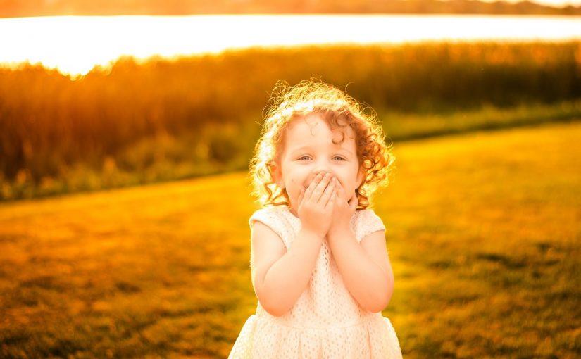 تفسير حلم رؤية الطفلة الصغيرة تفسير رؤية البنت الصغيرة الجميلة في المنام موسوعة