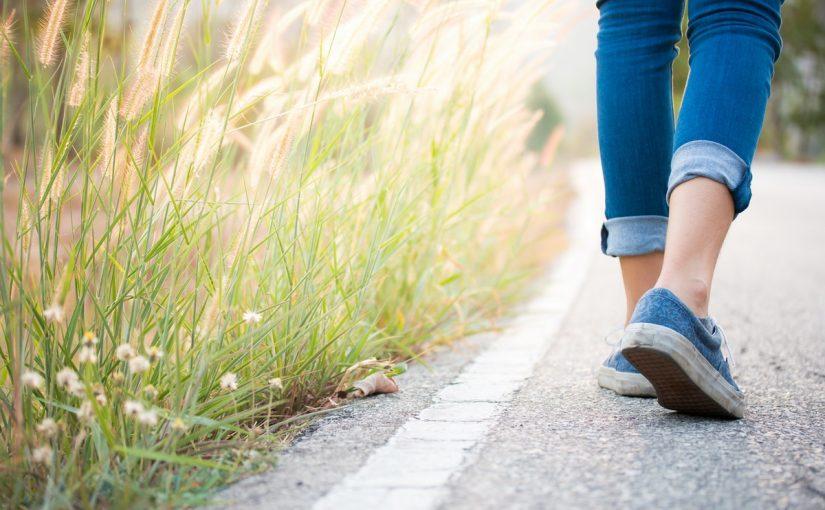 فوائد المشي ساعه