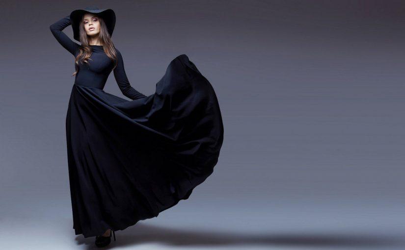 تفسير الثوب الاسود في المنام للمراة
