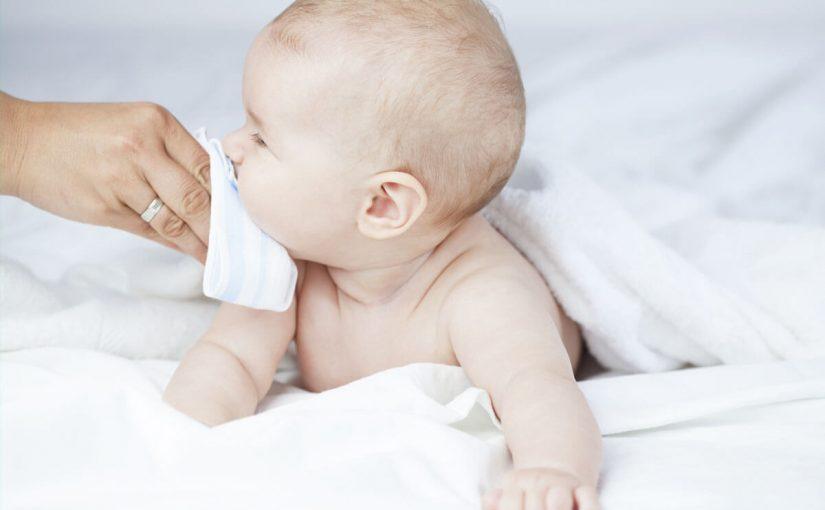 علاج السعال عند الرضع حديثي الولادة