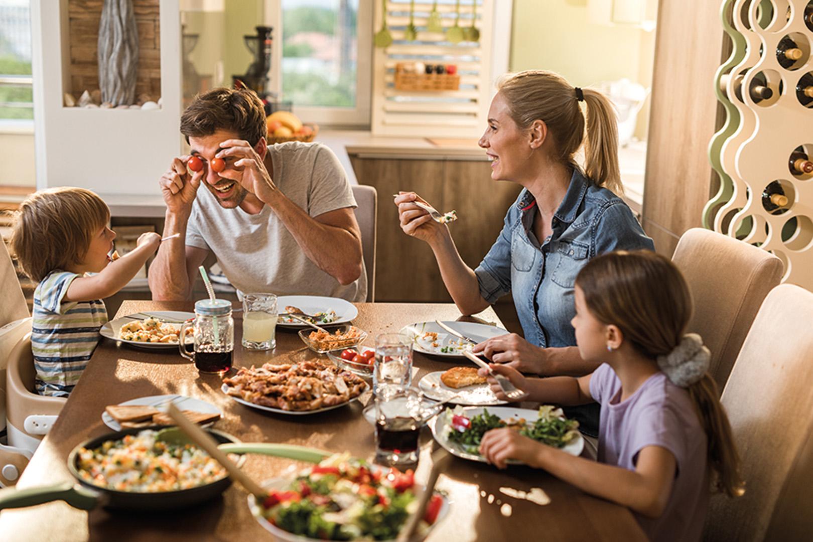 التفاعل بازدواجية في المنزل والعمل
