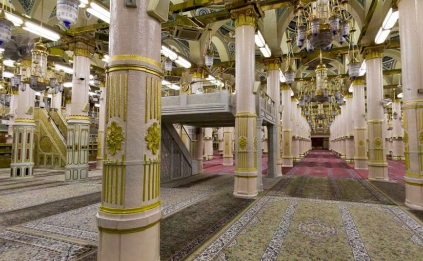 فضل الصلاة في الروضة الشريفة والأعمال المستحبة عند زيارة مسجد النبي موسوعة