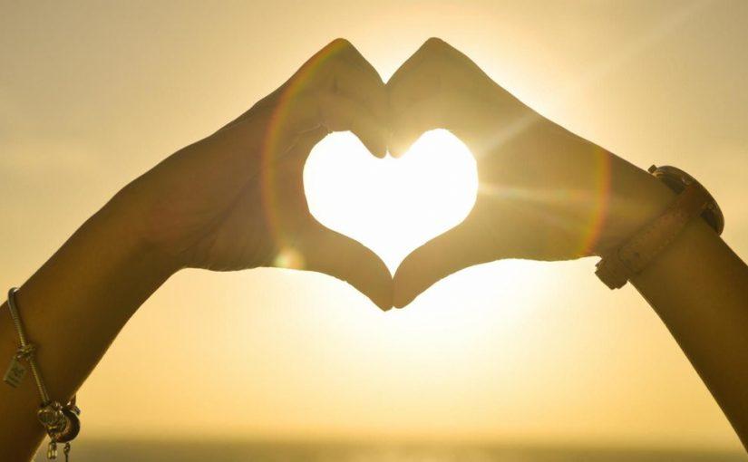 عبارات جميلة عن الحب والعشق