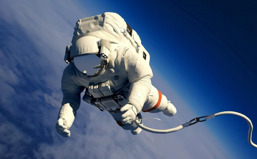 كيف نستكشف الفضاء وضح
