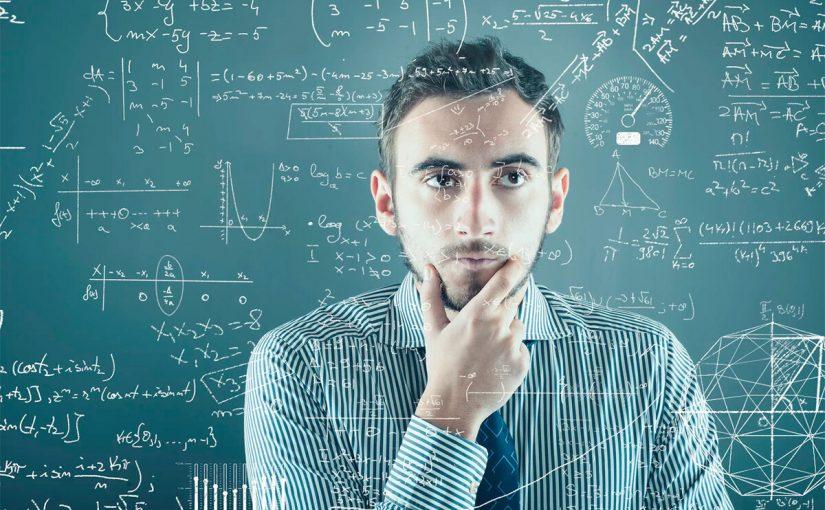 عدد المثلثات في المضلع الخماسي
