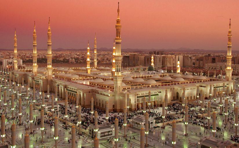 من الاداب التي يجب التحلي بها عند دخول المسجد