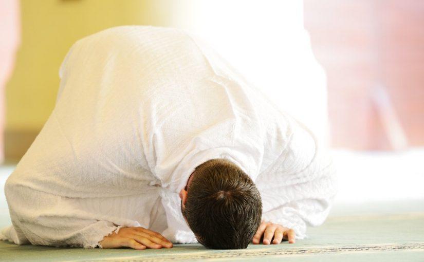 لماذا شرع لنا ان نصلي النوافل في البيوت