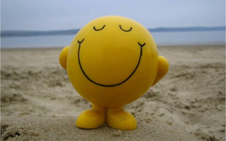 حكم عن السعادة والتفاؤل