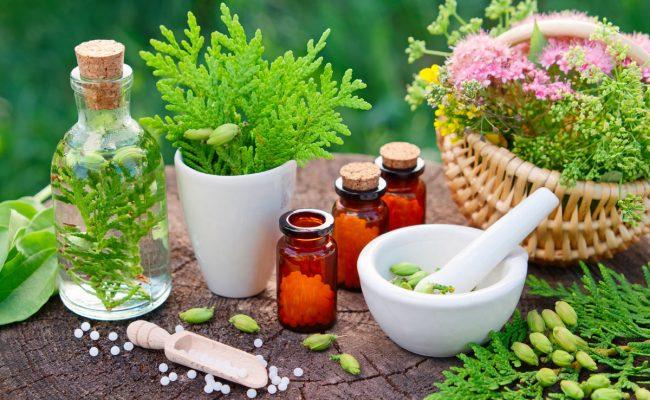 علاج سواد العين بالأعشاب