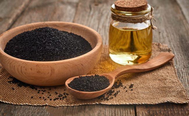 فوائد عسل حبة البركة