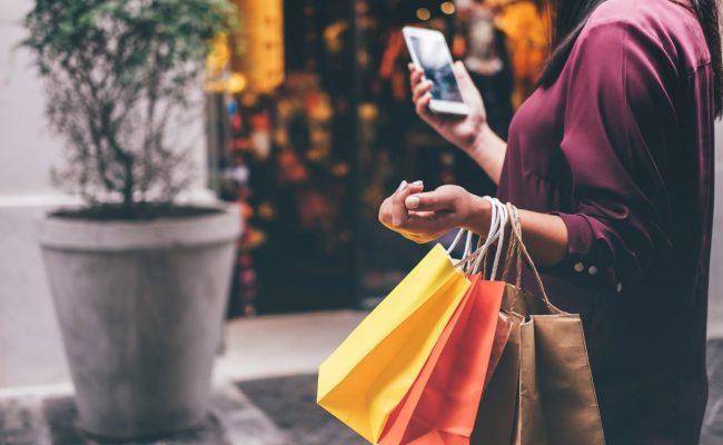 تفسير حلم التسوق للعزباء