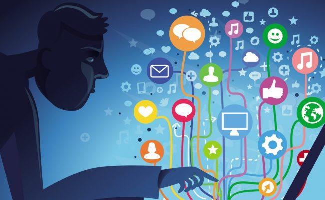 الفرق بين التواصل وجهاً لوجه والتواصل عبر الإنترنت