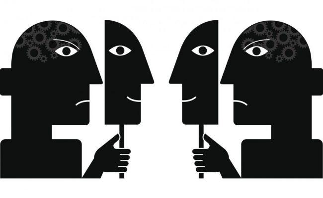 وسيلة المنافقين في خداع المؤمنين